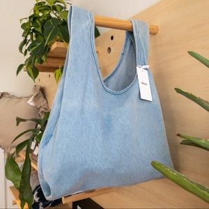 Baggu NWT Light Denim Medium Bag
